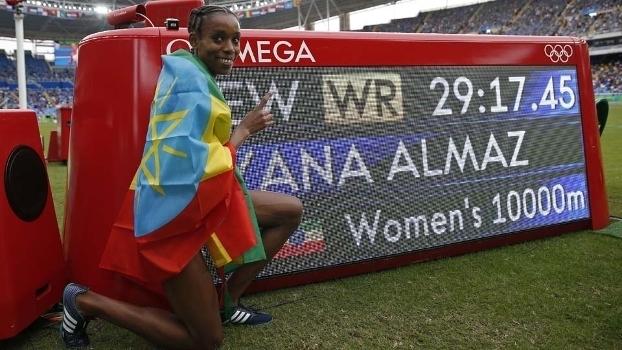Ayana Almaz bateu o recorde mundial e foi ouro nos 10 mil metros (Crédito: Getty)