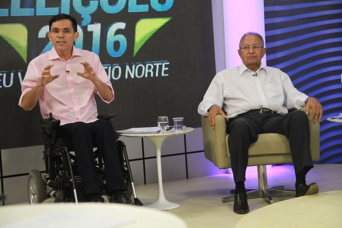 Candidados debatem na Rede MN (Crédito: Gabriel Paulino)