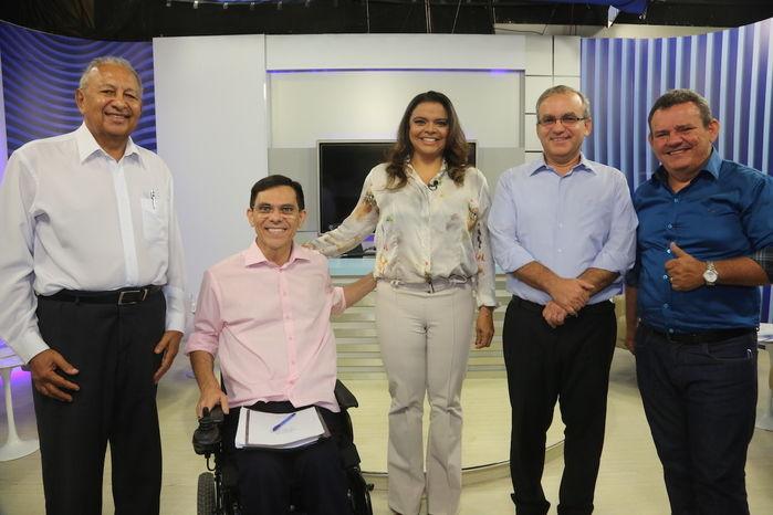 Candidatos com Maia Veloso (Crédito: Efrém Ribeiro)