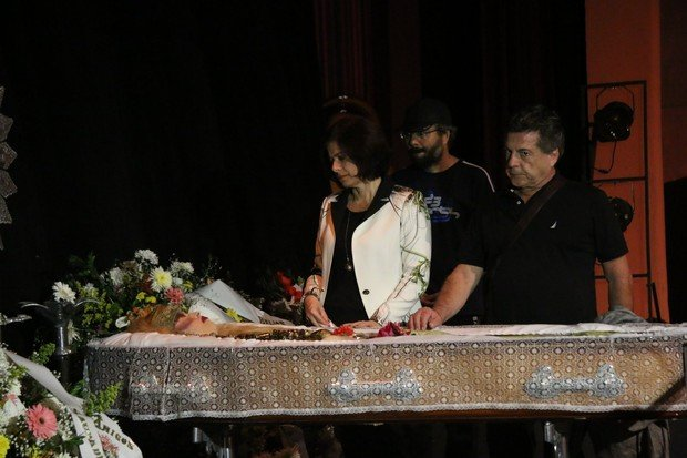 Corpo de Elke Maravilha é velado no Teatro Carlos Gomes, no Rio (Crédito: Reprodução)