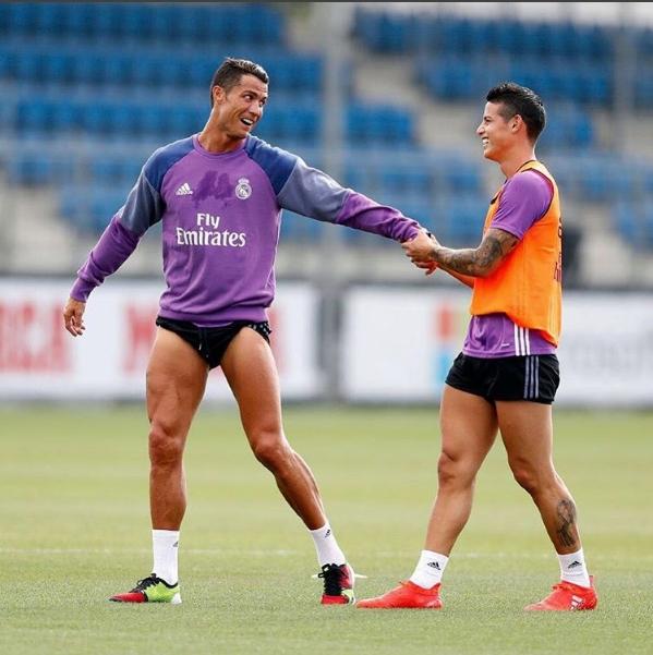 CR7 e James em treino (Crédito: Instagram)