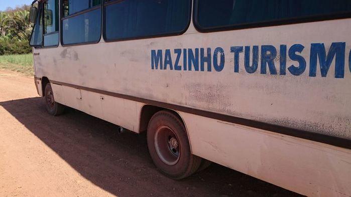 Ônibus da empresa Mazinho Tur (Crédito: José Carneiro/ Arquivo Pessoal)