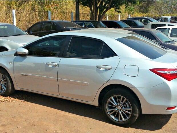 Carro que era usado por pastor havia sido roubado em Cuiabá, segundo a polícia (Crédito: Reprodução)