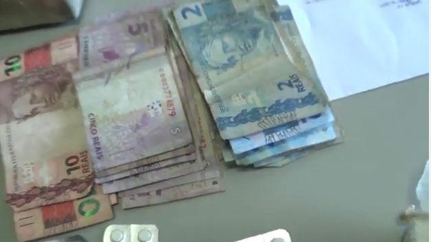 Dinheiro apreendido com os três (Crédito: Rede Meio Norte)