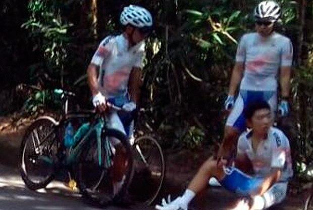 Ciclista coreano Okcheol Kim foi atropelado por carro  (Crédito: PRF)