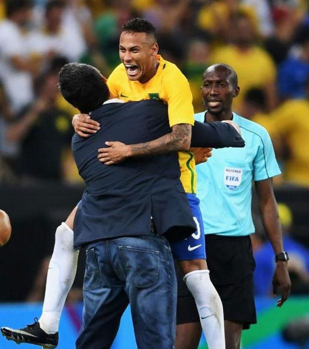 Brasil bate Alemanha e conquista ouro