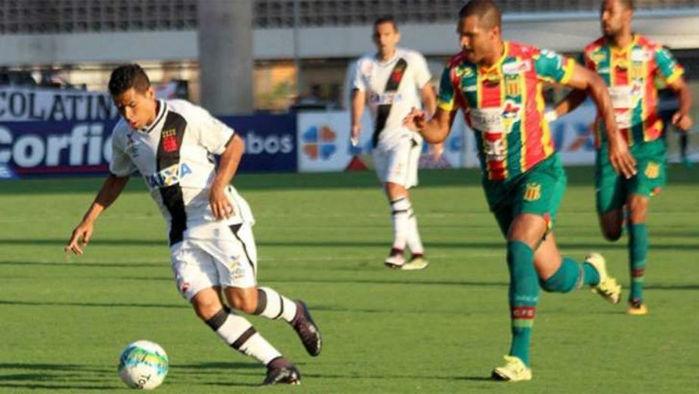 Vasco empata com Sampaio Correia