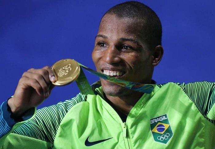 Róbson Conceição, ouro no boxe
