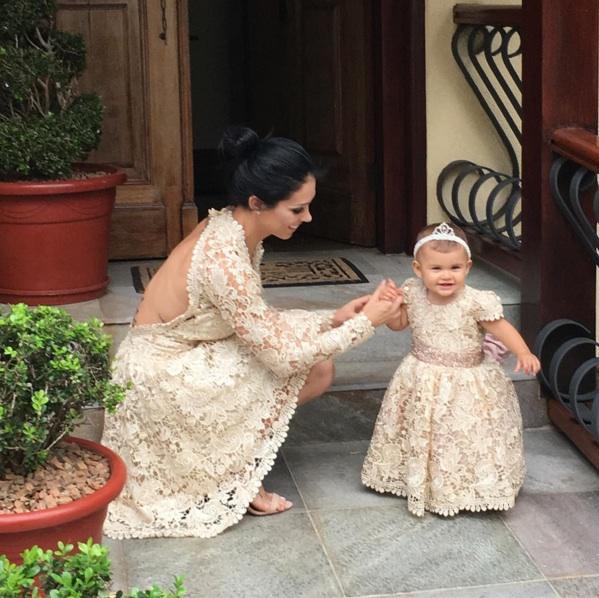 Bella Falconi celebra o aniversário de um ano da filha (Crédito: Reprodução)