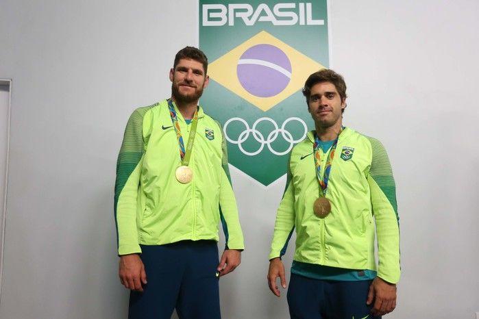 Medalha de Ouro no vôlei de praia masculino