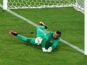 Herói nos pênaltis, goleiro Weverton exalta 2ª chance de Neymar