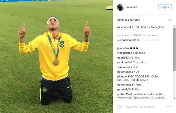 Foto de Neymar após ouro no futebol masculino foi a mais curtida no Instagram na Rio 2016 (Crédito: Reprodução)