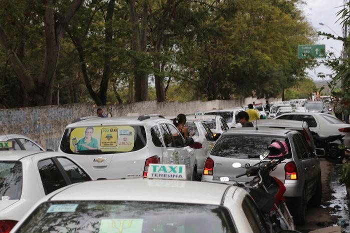 Sepultamento do taxista (Crédito: Efrém Ribeiro)
