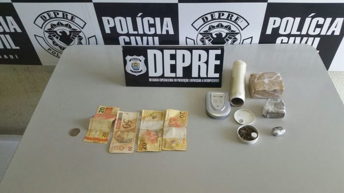 Droga apreendida com Alderico Sousa de Oliveira (Crédito: Divulgação)
