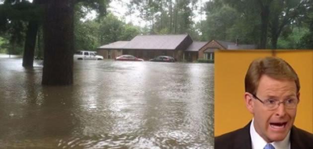 Pastor tem casa inundada após polêmica com gays