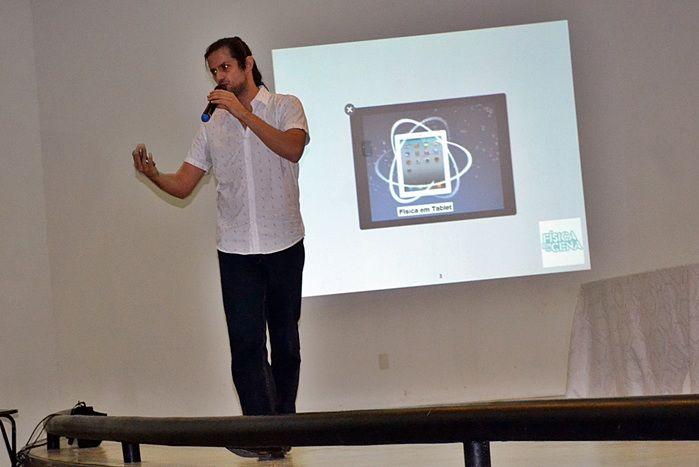 Vitor de Oliveira Moraes Lara, palestrante do primeiro dia de ArtTRON.  (Crédito: Kairo Amaral)