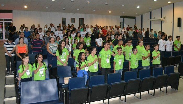 Estudantes de Parnaíba, Picos e Teresina participaram da abertura.  (Crédito: Daniel Santos)