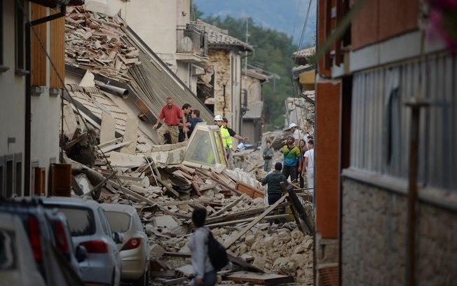 Itália registra mais de 100 tremores secundários após terremoto  (Crédito: Estadão)
