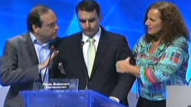 Flávio Bolsonaro passa mal (Crédito: Reprodução)