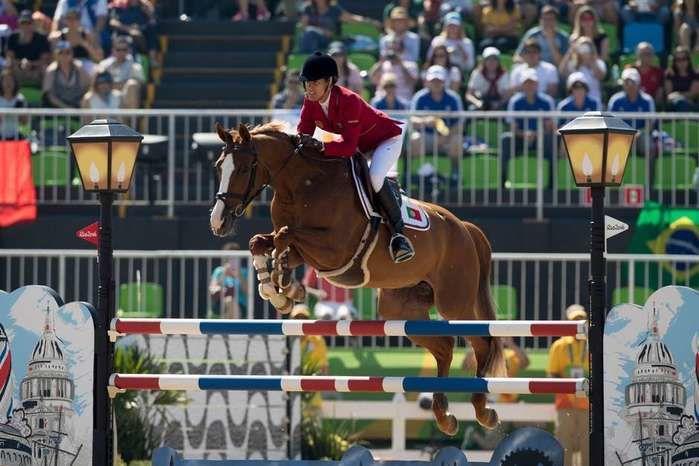 A portuguesa Luciana Diniz em prova de Salto (Crédito: FEI)