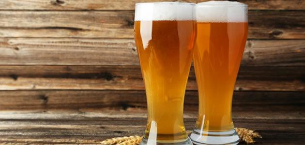 Belgas desenvolvem máquina que faz cerveja de xixi