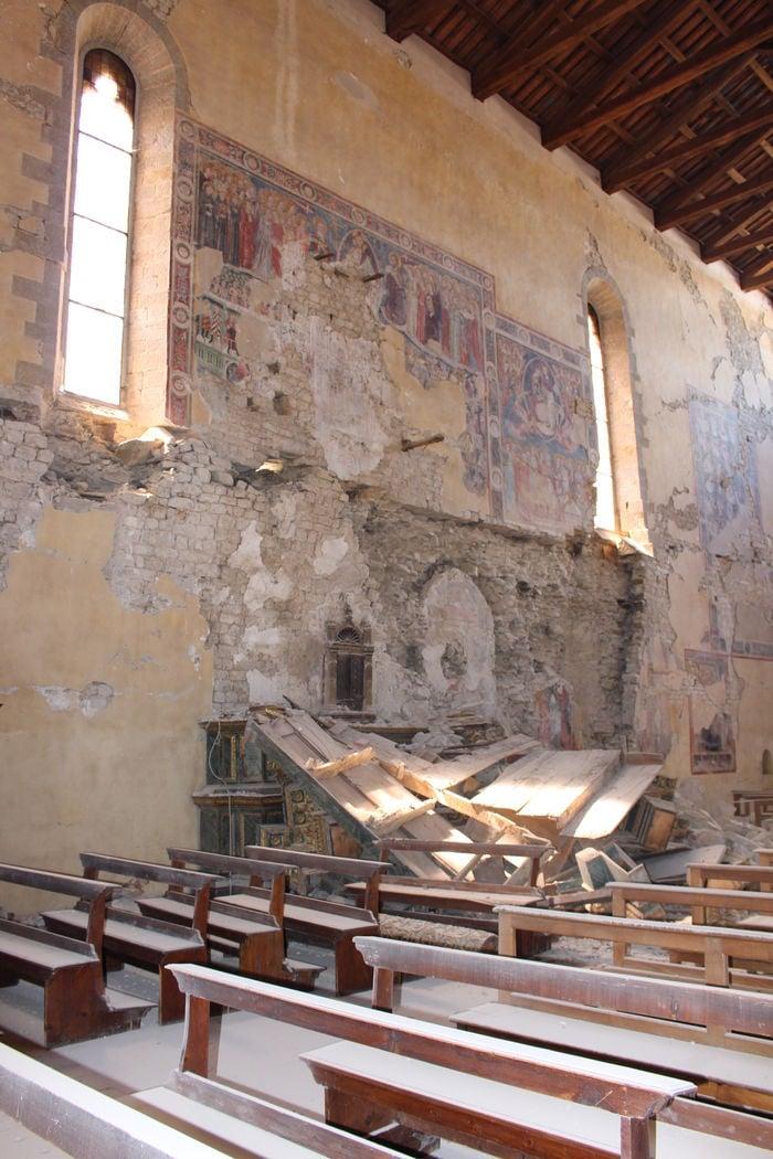 Basílicas ficaram destruídas  (Crédito: Reprodução)