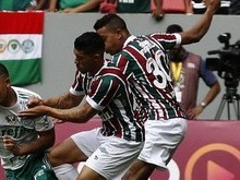 Palmeiras atropela Fluminense e mantem folga na liderança