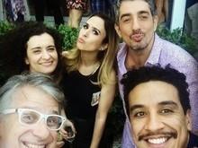 Tatá Werneck recebe Bruna Marquezine e mais famosos em festa