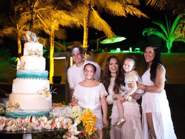 Solange Almeida comemora aniversário com festa em Fortaleza (Crédito: Reprodução)
