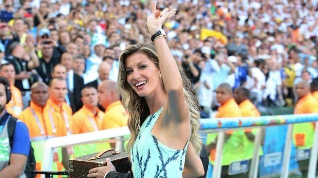 Gisele Bundchen no Maracanã antes da final da Copa do Mundo de 2014 (Crédito: Getty)