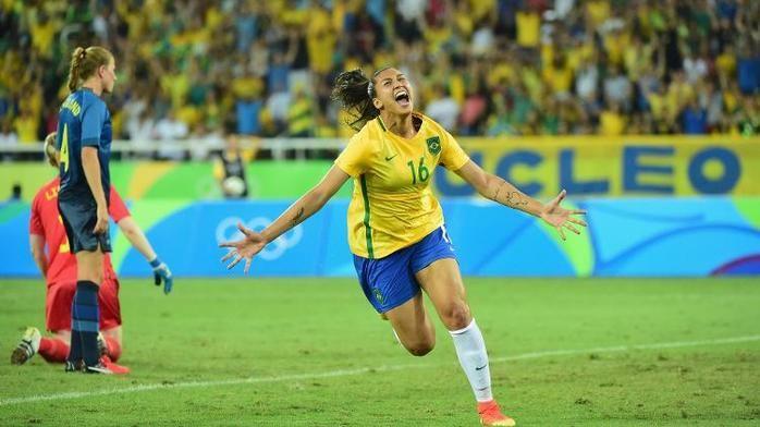Beatriz comemora o gol (Crédito: Reprodução)