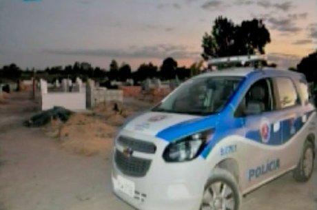Polícia investiga crime que ocorreu dentro do cemitério