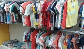Saiba como montar um bazar com peças infantis na internet