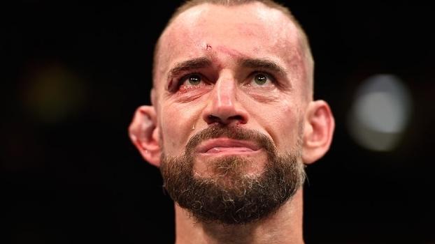 CM Punk não aguentou uma luta de verdade no UFC (Crédito: Getty)