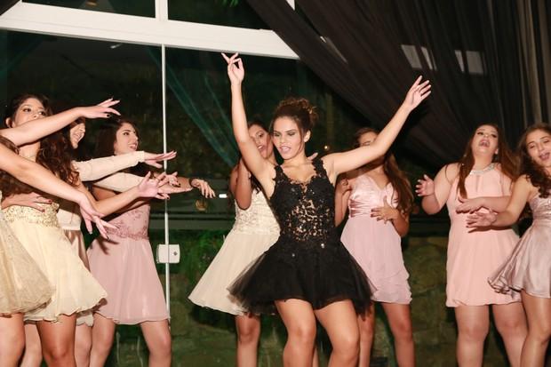 Laura Barreto comemora seus 15 anos em luxuosa festa (Crédito: Studio Cavaliere)
