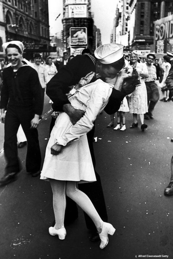 O beijo foi uma das cenas marcantes da 2ª Guerra (Crédito: Getty)