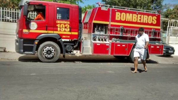 Corpo de Bombeiros controlou o incêndio