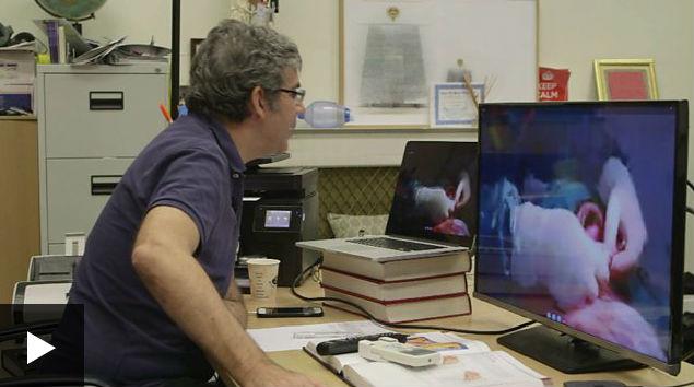 Médico operou o paciente via Skype (Crédito: Reprodução)