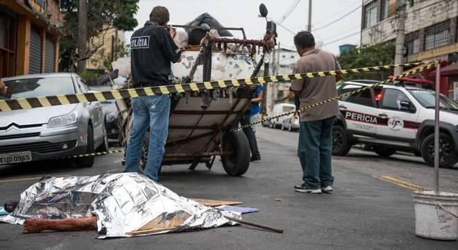 Morador de rua morto (Crédito: Reprodução)