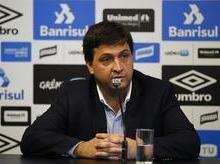 Após saída de Roger, dirigentes também deixam Grêmio