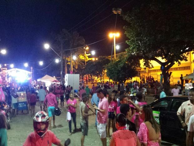 Um homem é morto e seis pessoas são baleadas durante comício político na Bahia (Crédito: Reprodução)