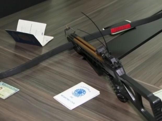 Flecha foi usada para matar carroceiro (Crédito: Reprodução)