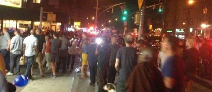 Explosão assustou multidão (Crédito: Reprodução)