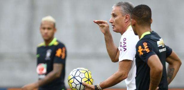 Técnico da seleção brasileira afirma que consultou o técnico do Barcelona (Crédito: Lucas Figueiredo/CBF)