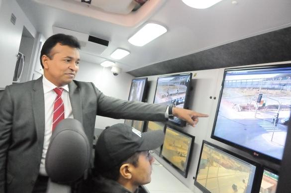 Secretário de segurança e monitoramento na Vila da Paz (Crédito: Reprodução)