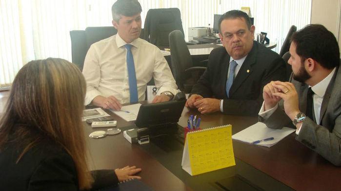 Silas Freire se reuniu com Diretor do Dnit para tratar sobre a BR 135