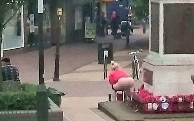 Mulher está desempregada e foi flagrada outras vezes (Crédito: Reprodução)