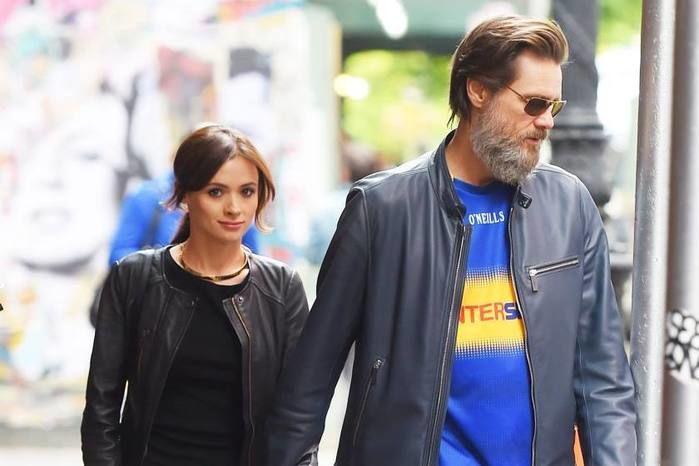 Jim Carrey e a namorada (Crédito: Reprodução)