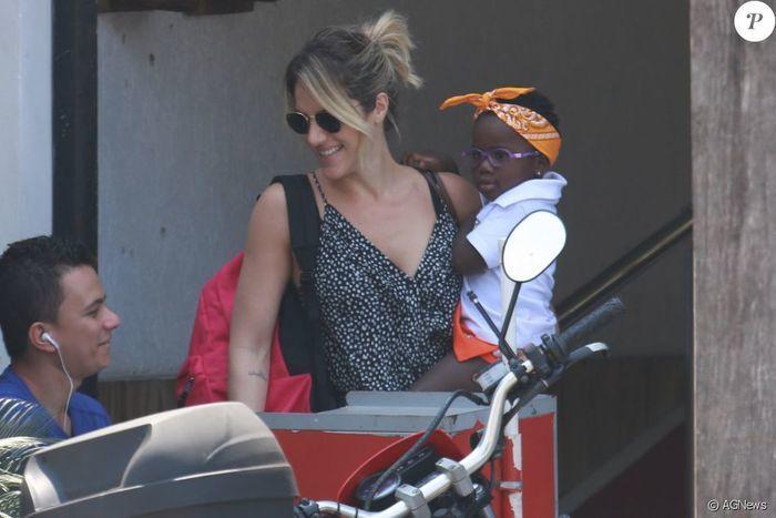 Giovanna Ewbank  e a filha Titi (Crédito: Reprodução)