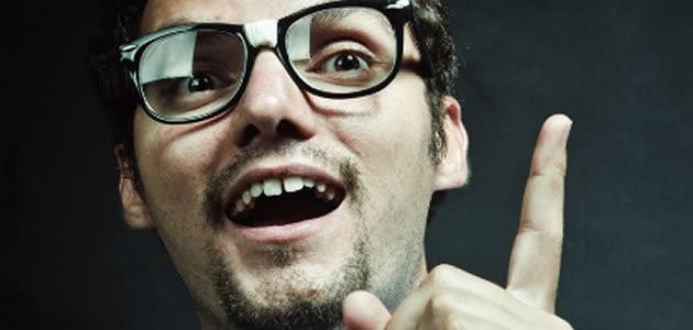 Pessoas cegas também podem gesticular ao falar